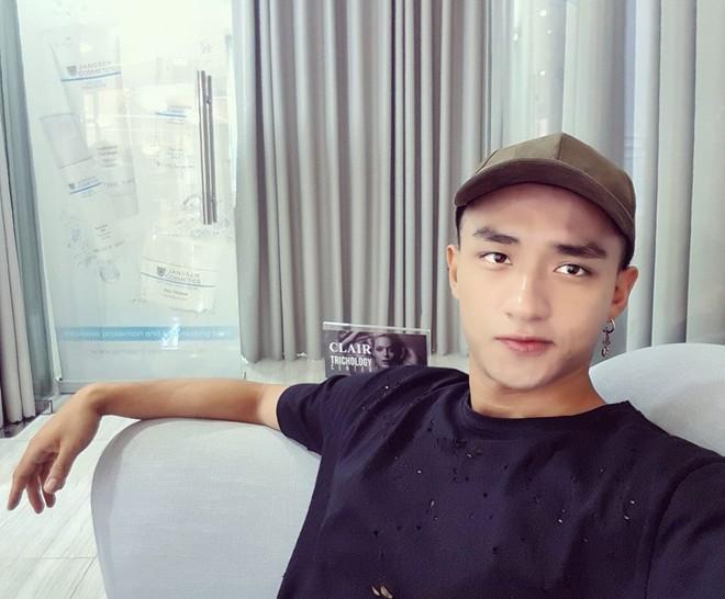 Hậu Duệ Mặt Trời Việt Nam: Ảnh đời thường diễn viên Hậu Duệ Mặt Trời - Ảnh 23.