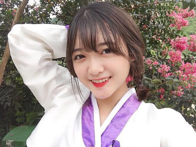 Cô bạn Lào Cai sinh năm 2001 sở hữu loạt biểu cảm không yêu không được trong clip trên TikTok - ảnh 6
