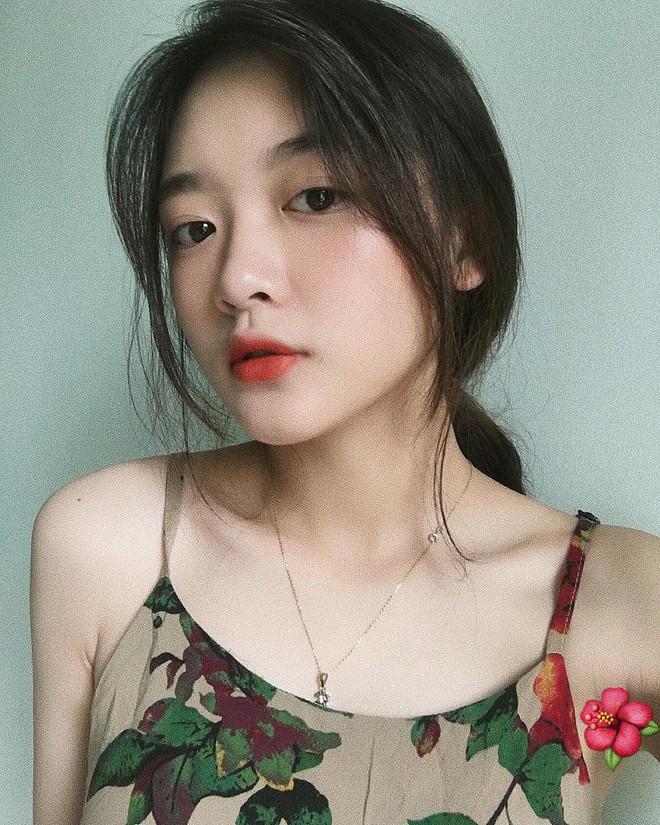 Cô bạn Lào Cai sinh năm 2001 sở hữu loạt biểu cảm không yêu không được trong clip trên TikTok - ảnh 2