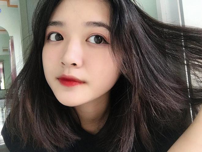 Cô bạn Lào Cai sinh năm 2001 sở hữu loạt biểu cảm không yêu không được trong clip trên TikTok - ảnh 7