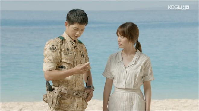 Có tâm như Khả Ngân: Đóng phim remake là cũng diện luôn trang phục giống Song Hye Kyo cho vẹn toàn - ảnh 1