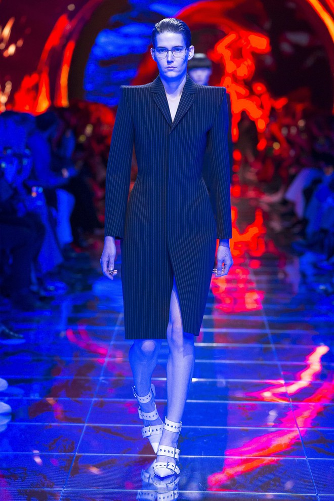 Top BST đỉnh nhất Paris Fashion Week do Vogue Mỹ chọn: Chanel vẫn an tọa, Gucci và Dior thì mất hút - ảnh 14