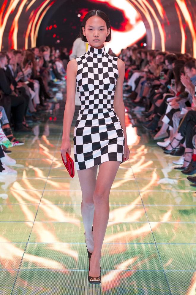 Top BST đỉnh nhất Paris Fashion Week do Vogue Mỹ chọn: Chanel vẫn an tọa, Gucci và Dior thì mất hút - ảnh 15