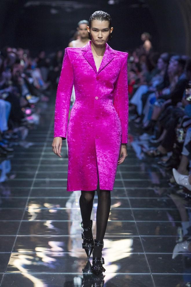 Top BST đỉnh nhất Paris Fashion Week do Vogue Mỹ chọn: Chanel vẫn an tọa, Gucci và Dior thì mất hút - ảnh 13