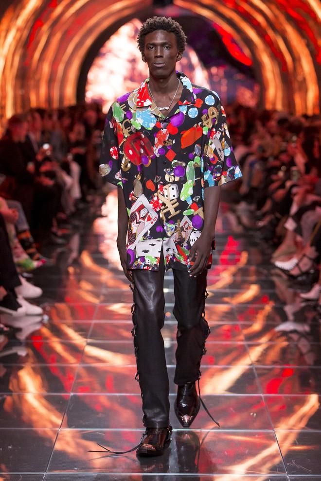 Top BST đỉnh nhất Paris Fashion Week do Vogue Mỹ chọn: Chanel vẫn an tọa, Gucci và Dior thì mất hút - ảnh 24