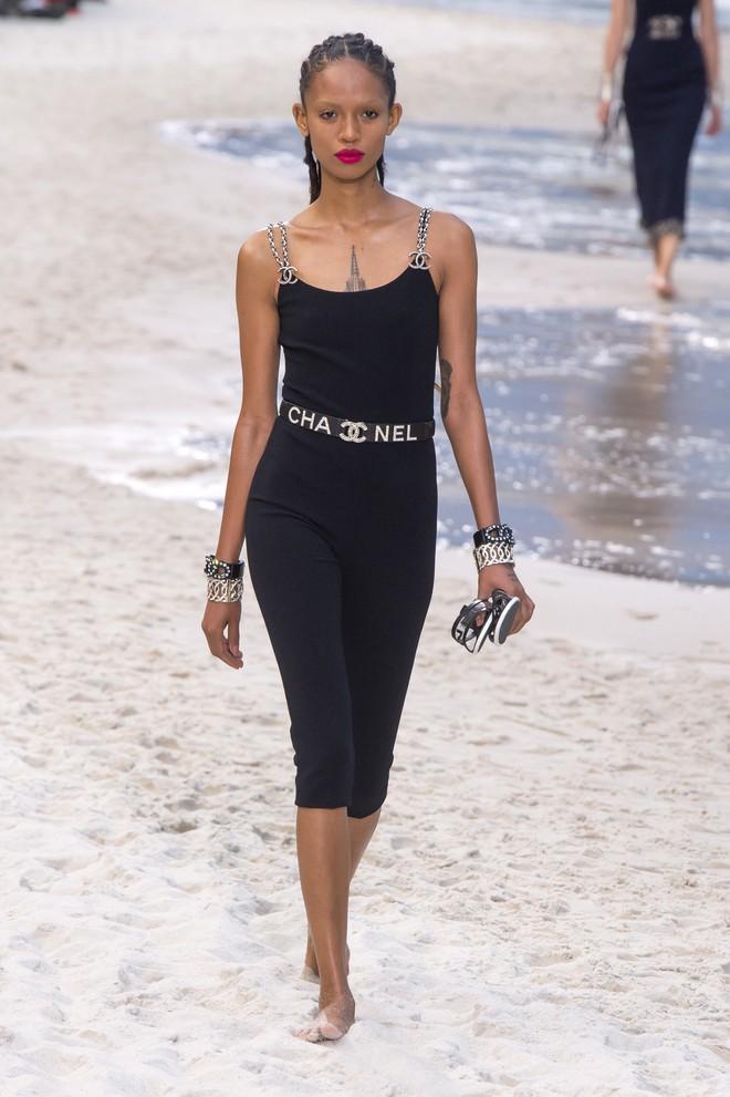 Top BST đỉnh nhất Paris Fashion Week do Vogue Mỹ chọn: Chanel vẫn an tọa, Gucci và Dior thì mất hút - ảnh 3