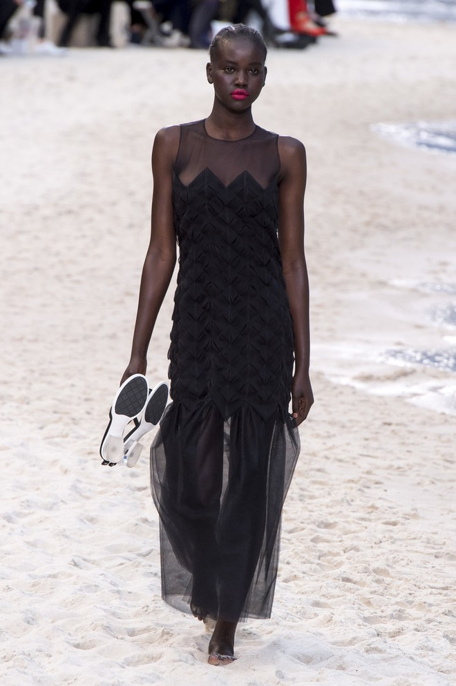 Top BST đỉnh nhất Paris Fashion Week do Vogue Mỹ chọn: Chanel vẫn an tọa, Gucci và Dior thì mất hút - ảnh 5