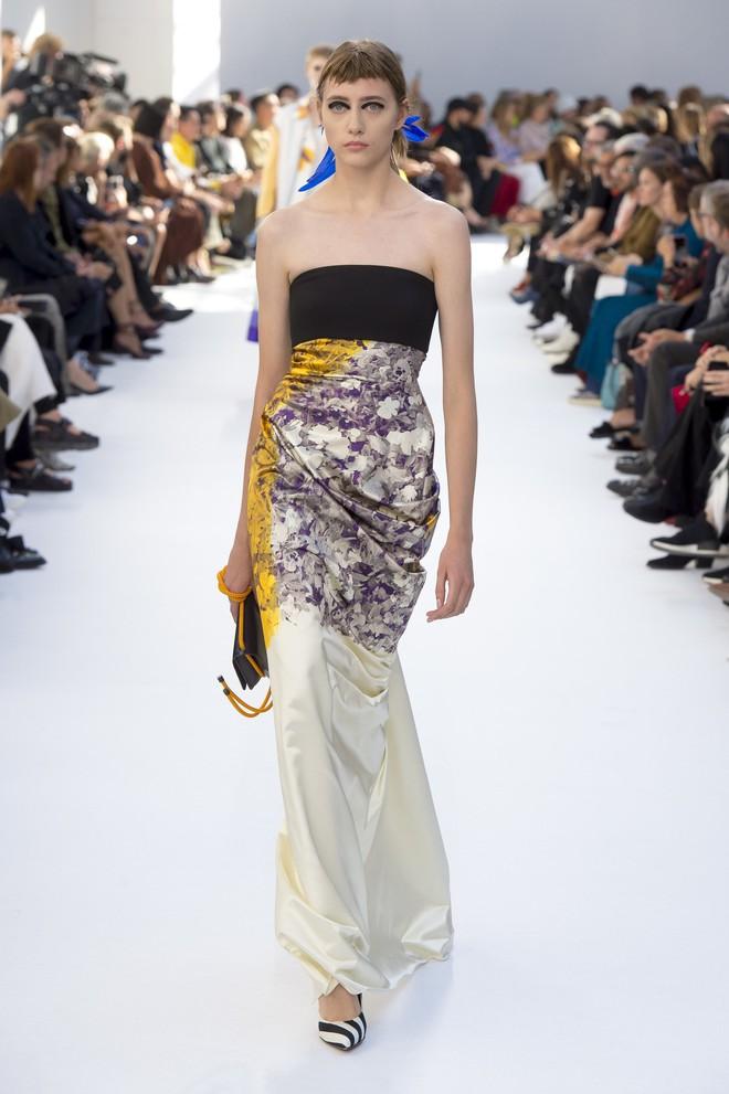 Top BST đỉnh nhất Paris Fashion Week do Vogue Mỹ chọn: Chanel vẫn an tọa, Gucci và Dior thì mất hút - ảnh 67