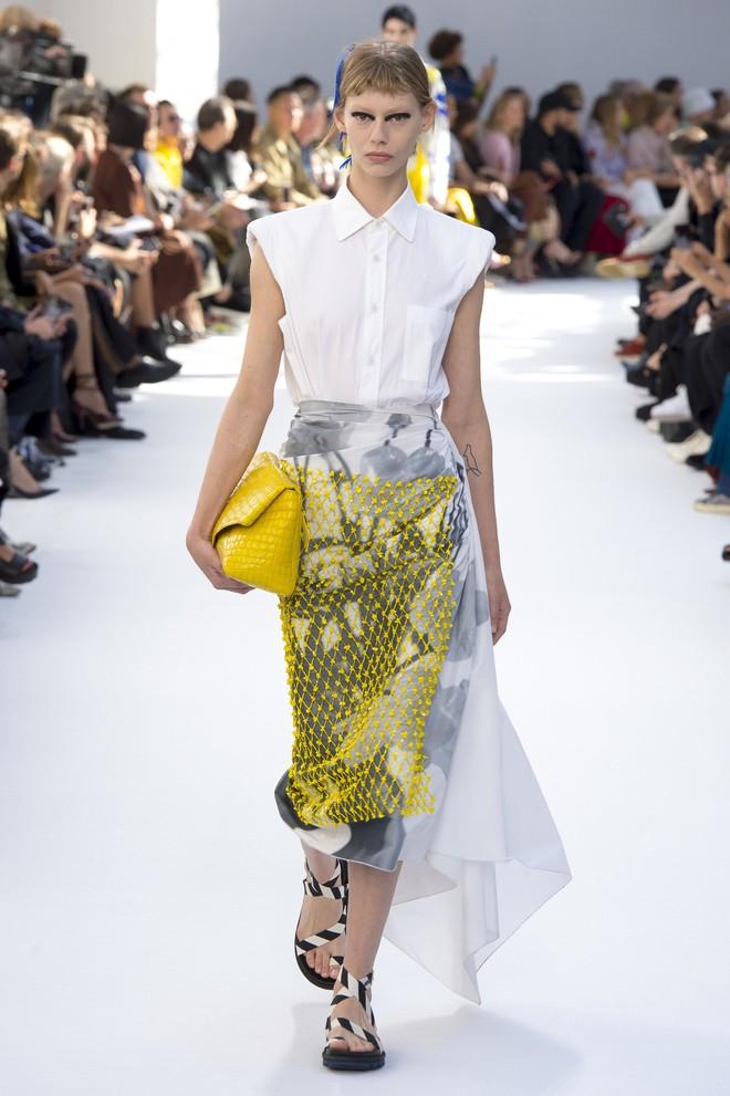 Top BST đỉnh nhất Paris Fashion Week do Vogue Mỹ chọn: Chanel vẫn an tọa, Gucci và Dior thì mất hút - ảnh 69