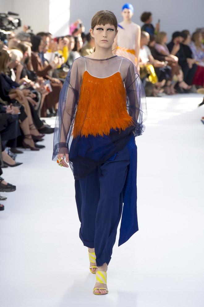 Top BST đỉnh nhất Paris Fashion Week do Vogue Mỹ chọn: Chanel vẫn an tọa, Gucci và Dior thì mất hút - ảnh 74