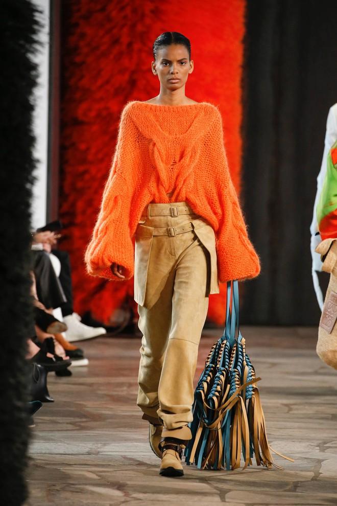 Top BST đỉnh nhất Paris Fashion Week do Vogue Mỹ chọn: Chanel vẫn an tọa, Gucci và Dior thì mất hút - ảnh 84