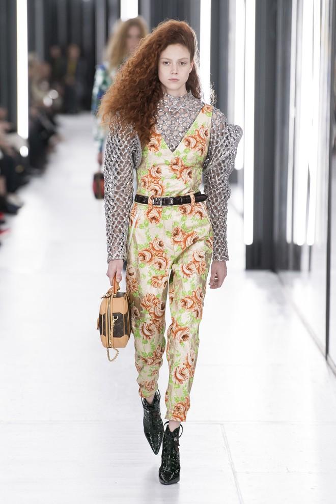 Top BST đỉnh nhất Paris Fashion Week do Vogue Mỹ chọn: Chanel vẫn an tọa, Gucci và Dior thì mất hút - ảnh 39