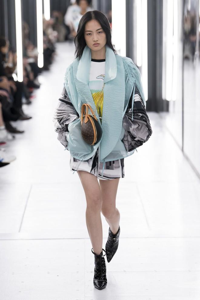 Top BST đỉnh nhất Paris Fashion Week do Vogue Mỹ chọn: Chanel vẫn an tọa, Gucci và Dior thì mất hút - ảnh 42