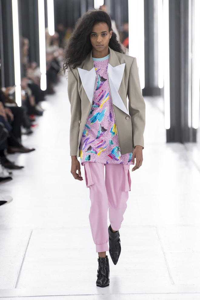 Top BST đỉnh nhất Paris Fashion Week do Vogue Mỹ chọn: Chanel vẫn an tọa, Gucci và Dior thì mất hút - ảnh 45