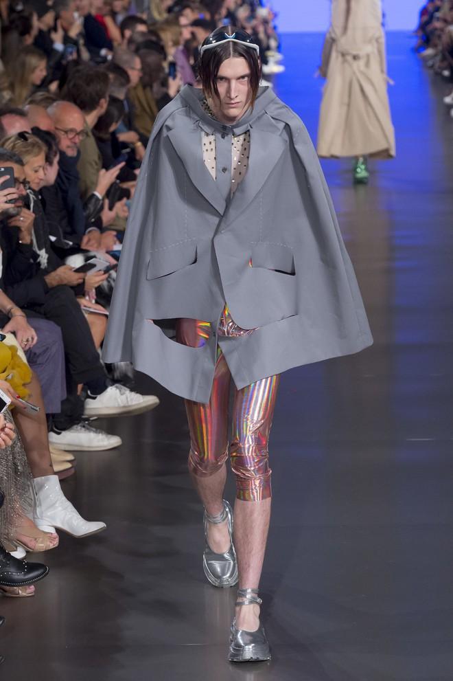 Top BST đỉnh nhất Paris Fashion Week do Vogue Mỹ chọn: Chanel vẫn an tọa, Gucci và Dior thì mất hút - ảnh 64