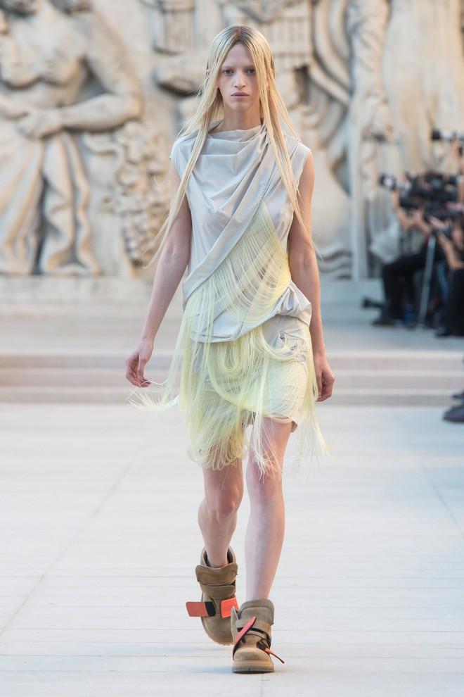 Top BST đỉnh nhất Paris Fashion Week do Vogue Mỹ chọn: Chanel vẫn an tọa, Gucci và Dior thì mất hút - ảnh 49