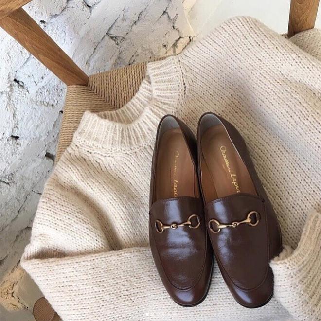 Đây chính là 4 kiểu giày loafer không thể thiếu trong tủ đồ của nàng công sở - ảnh 14