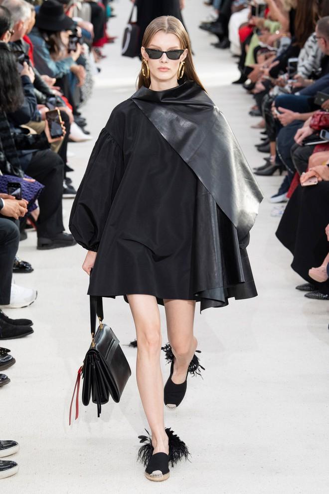 Top BST đỉnh nhất Paris Fashion Week do Vogue Mỹ chọn: Chanel vẫn an tọa, Gucci và Dior thì mất hút - ảnh 30