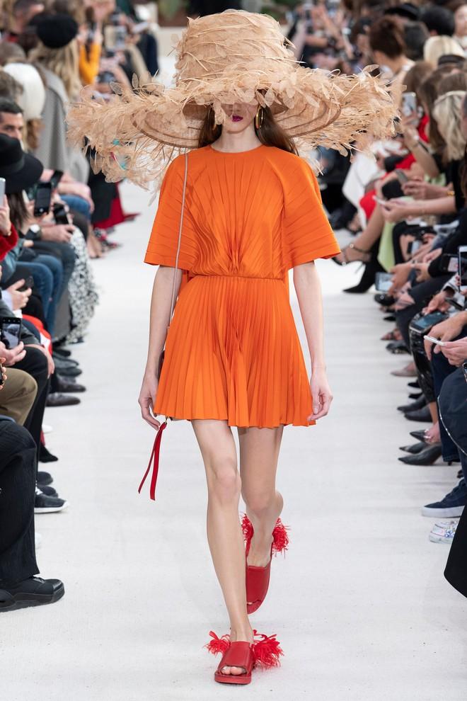 Top BST đỉnh nhất Paris Fashion Week do Vogue Mỹ chọn: Chanel vẫn an tọa, Gucci và Dior thì mất hút - ảnh 35