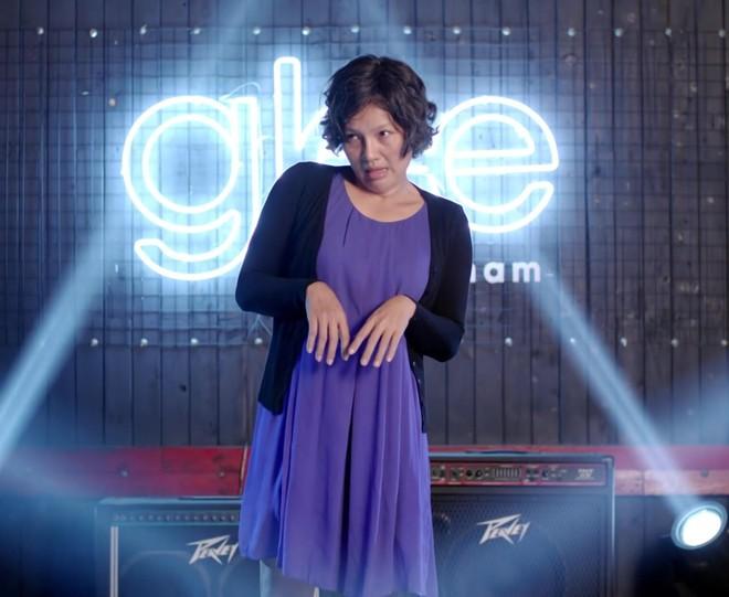 Glee Việt tập áp cuối: Để ủng hộ tinh thần Angela, toàn bộ nữ sinh của Glee đồng loạt mang bầu! - ảnh 11