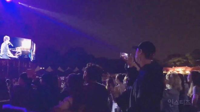Nặng nghiệp như Chanyeol (EXO): Cao 1m86, đứng đầu hàng không ai nhìn thấy đội hình đằng sau hết! - ảnh 9