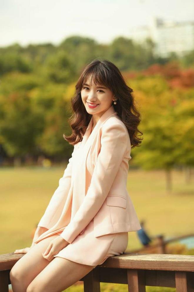 Hari Won lần đầu rủ hai cô em gái cùng hòa giọng nhạc phim web-drama - Ảnh 3.
