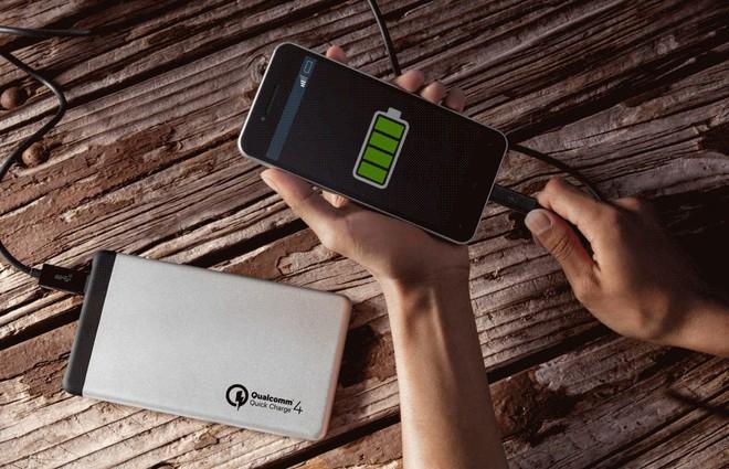 Vì sao bây giờ smartphone cứ phải sạc nhanh mới là ngon và hãng nào đang dẫn đầu đường đua? - Ảnh 4.