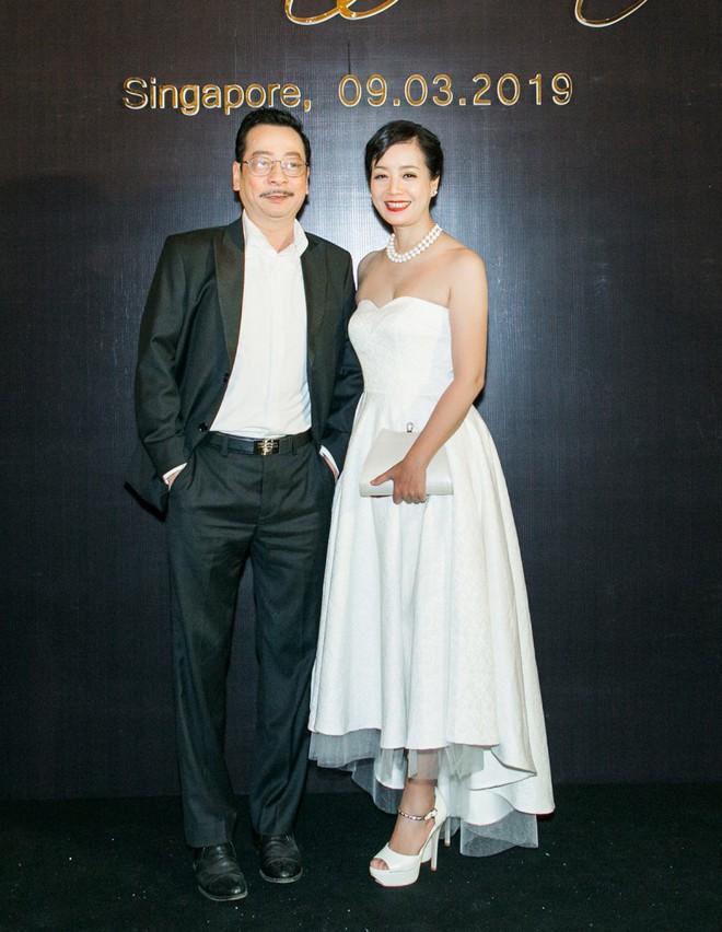 'My sói' Thu Quỳnh bất ngờ chạm mặt tình cũ Doãn Tuấn sau 8 năm tại sự kiện