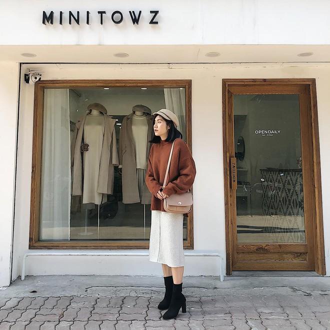 Muốn mặc đâu chuẩn đấy trong tiết trời se lạnh, bạn chỉ việc copy 10 công thức street style xuất sắc này từ loạt hot girl Việt - Ảnh 3.