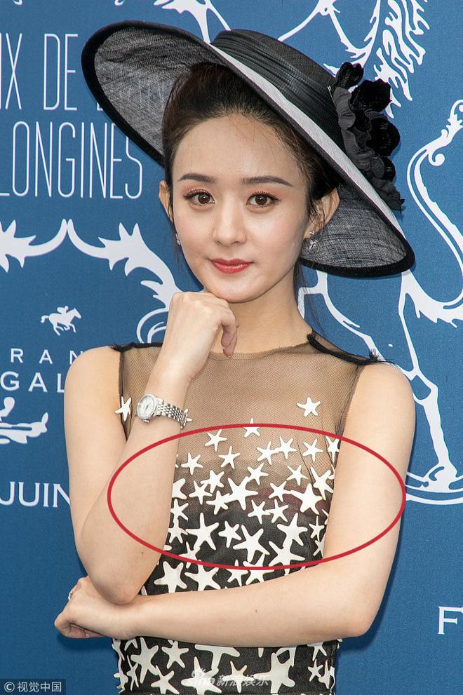 """Cùng diện váy công chúa: Angela Baby, Triệu Lệ Dĩnh, Nhiệt Ba đều """"thua"""" Meghan Markle - ảnh 9"""