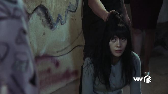 Tên phim vận vào người - nữ chính Quỳnh Búp Bê gây tụt mood bởi biểu cảm đơ cứng như... búp bê - ảnh 3