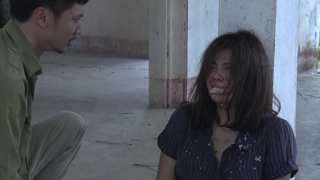 Tên phim vận vào người - nữ chính Quỳnh Búp Bê gây tụt mood bởi biểu cảm đơ cứng như... búp bê - ảnh 8