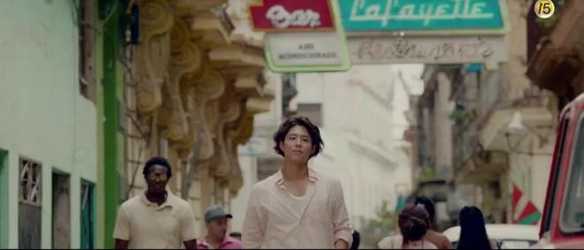Phim tung teaser đẹp lung linh, nhưng mái tóc bổ luống xù mì của Park Bo Gum mới là thứ được chú ý nhất - ảnh 1