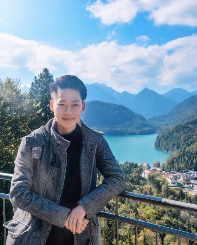 Cậu bạn Hà Nội đẹp trai, giành học bổng du học 5 quốc gia trên thế giới, là thủ khoa đầu vào và tốt nghiệp đại học với số điểm cao nhất - Ảnh 10.