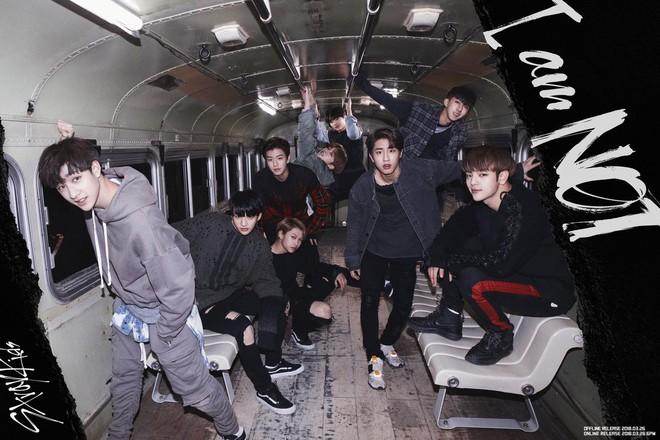 Top 20 sao Kpop có view Youtube siêu to khổng lồ nhất: BLACKPINK có MV tỉ view đến nơi vẫn thua BTS, thứ hạng PSY gây tranh cãi - Ảnh 8.