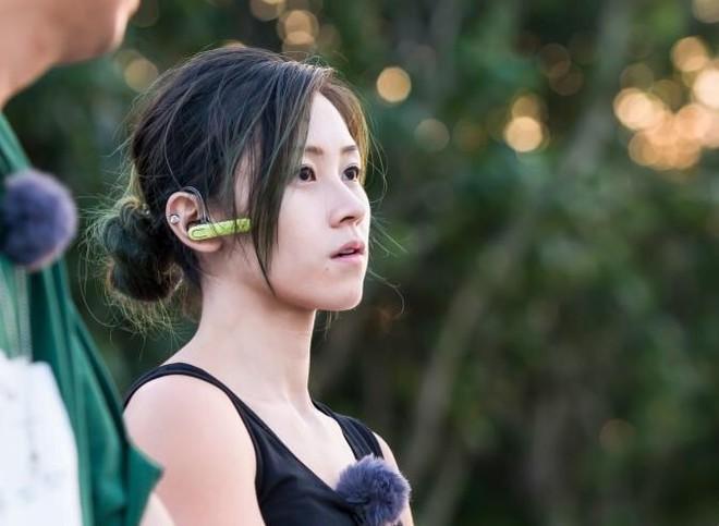 Cô gái Hongkong mình hạc xương mai 10 năm làm nghề bốc vác - Ảnh 2.