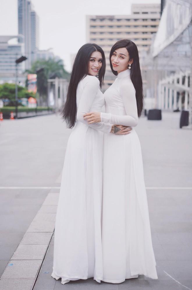 BB Trần lại làm con gái phải ghen tị: make-up sương sương, mặc váy cưới xinh đẹp hết phần người khác! - Ảnh 1.