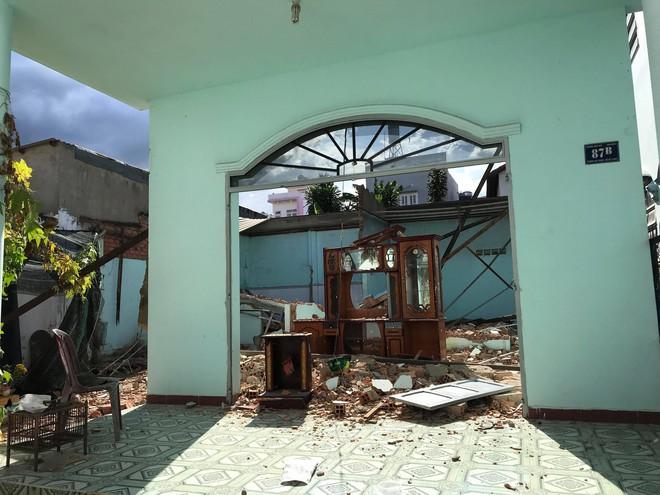 Nam thanh niên 22 tuổi bị tường đè chết thảm tại căn nhà ở Sài Gòn - Ảnh 1.