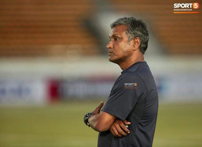 HLV Park Hang-seo bực mình sau trận Lào vs Việt Nam tại AFF CUP 2018- Ảnh 3.