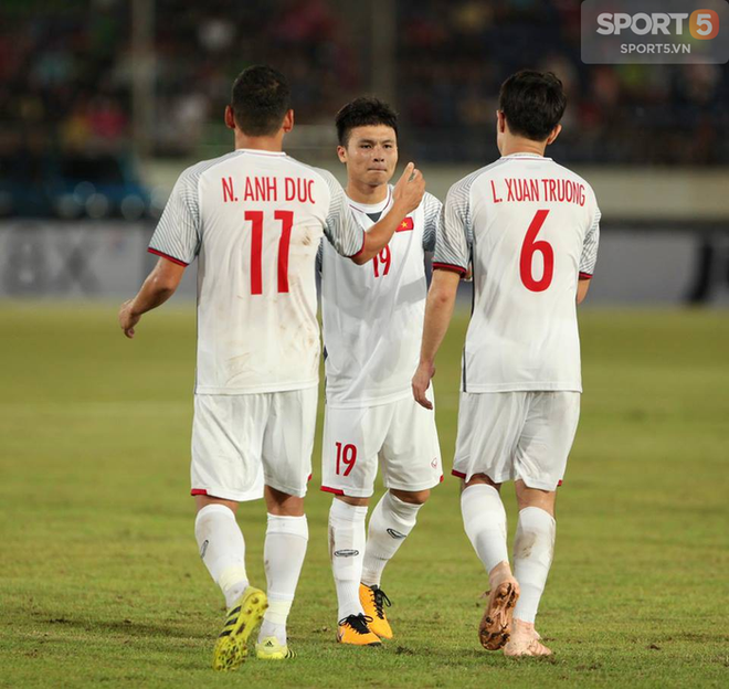 Thua 0-3, người Lào vẫn coi Việt Nam là anh em vì cùng đam mê tựa game đang gây sốt ở Đông Nam Á - Ảnh 1.