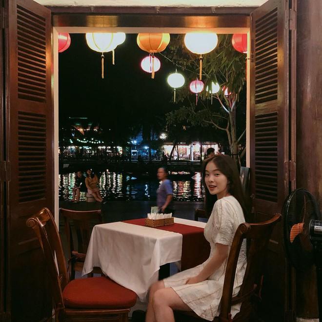 Thiên thần nội y Hàn Quốc Lee Ha Neul đang thăm thú Hội An, khoe ảnh mặc áo dài đội nón lá - ảnh 4