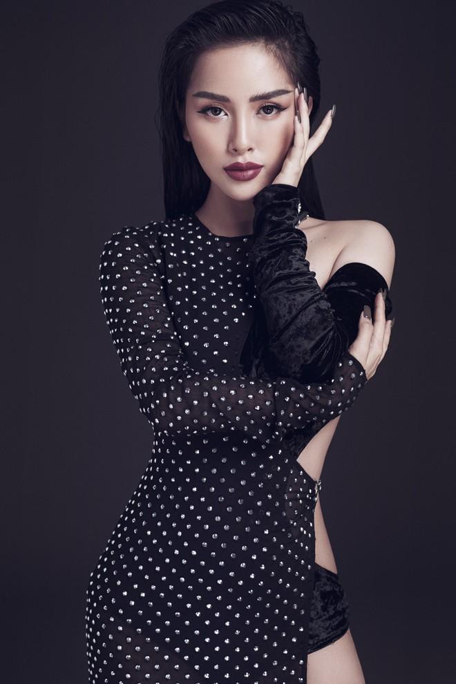 Trang Pilla khoe ảnh mới, dân tình giật mình vì quá giống Hoa hậu Tiểu Vy - ảnh 5