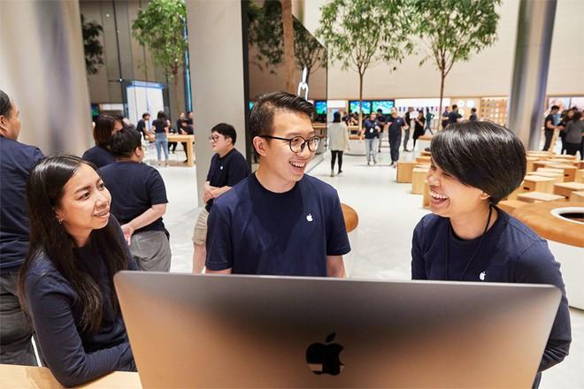 Những hình ảnh đầu tiên bên trong Apple Store Thái Lan: Sang xịn thế này mà không check-in thì quá phí - Ảnh 5.