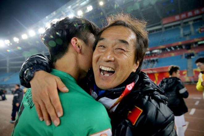 Mải miết tung hô thầy Park, chúng ta đã quên mất HLV Lee Young-jin - người hùng thầm lặng của đội tuyển Việt Nam - ảnh 11