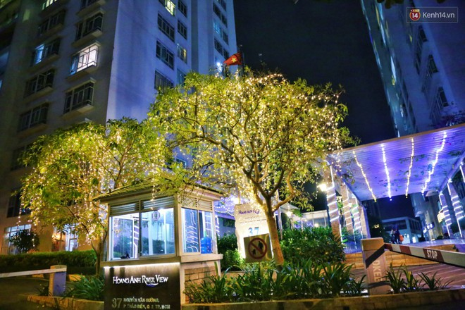 Những biệt thự triệu đô ở phố nhà giàu Sài Gòn được trang hoàng lộng lẫy như cung điện để đón Noel - Ảnh 17.