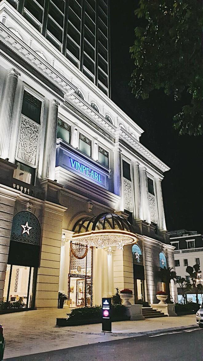 Không gian chuẩn mùa lễ hội của Vinpearl Hotels: Góc nào cũng lung linh, đã vậy còn được thưởng thức bữa tối với view ngàn sao! - ảnh 2
