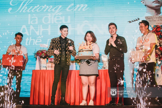 Đây là chia sẻ cảm động của Noo Phước Thịnh với fan Sài thành trong showcase mừng sinh nhật tuổi 30 - Ảnh 3.