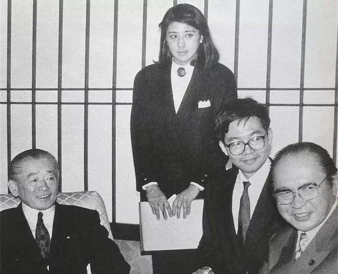Công nương xinh đẹp Masako của Hoàng gia Nhật Bản: Nỗi sầu của con chim quý bị nhốt chặt trong lồng son - ảnh 4