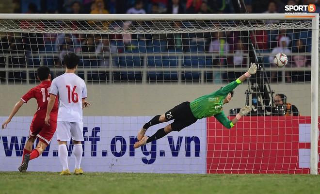 Mới đón chức vô địch AFF Cup chưa lâu, SVĐ Mỹ Đình đã giảm nhiệt ngày trở lại - ảnh 5