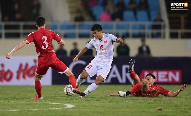 Mới đón chức vô địch AFF Cup chưa lâu, SVĐ Mỹ Đình đã giảm nhiệt ngày trở lại - ảnh 10